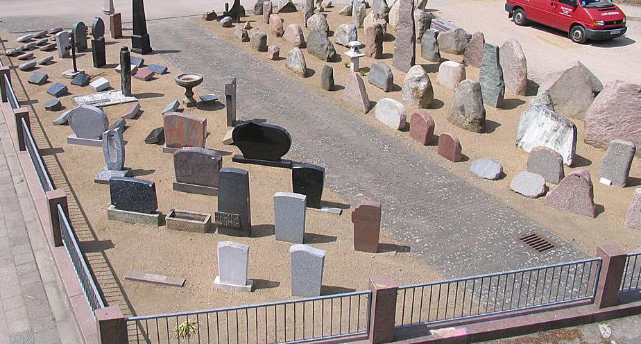 Stumpf Natursteinarbeiten und Grabmale in Eutin